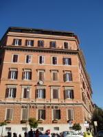 ローマ1,2を争う豪華ホテルらしいYO!